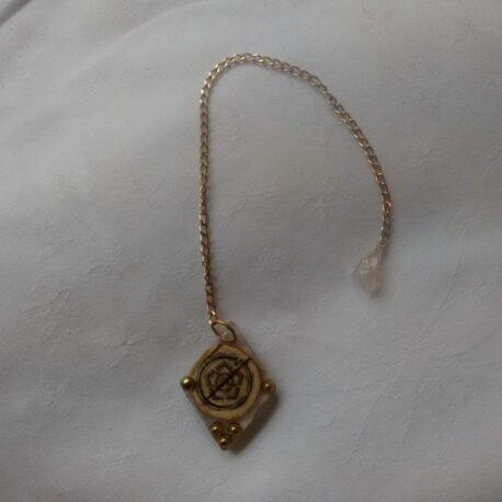 pendulum-w-rosequartz